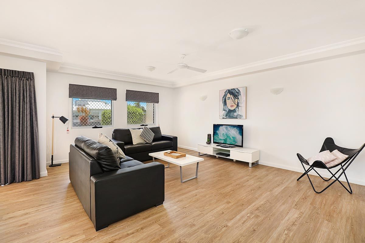 1200-1bed-luxury-coolum-accommodation1