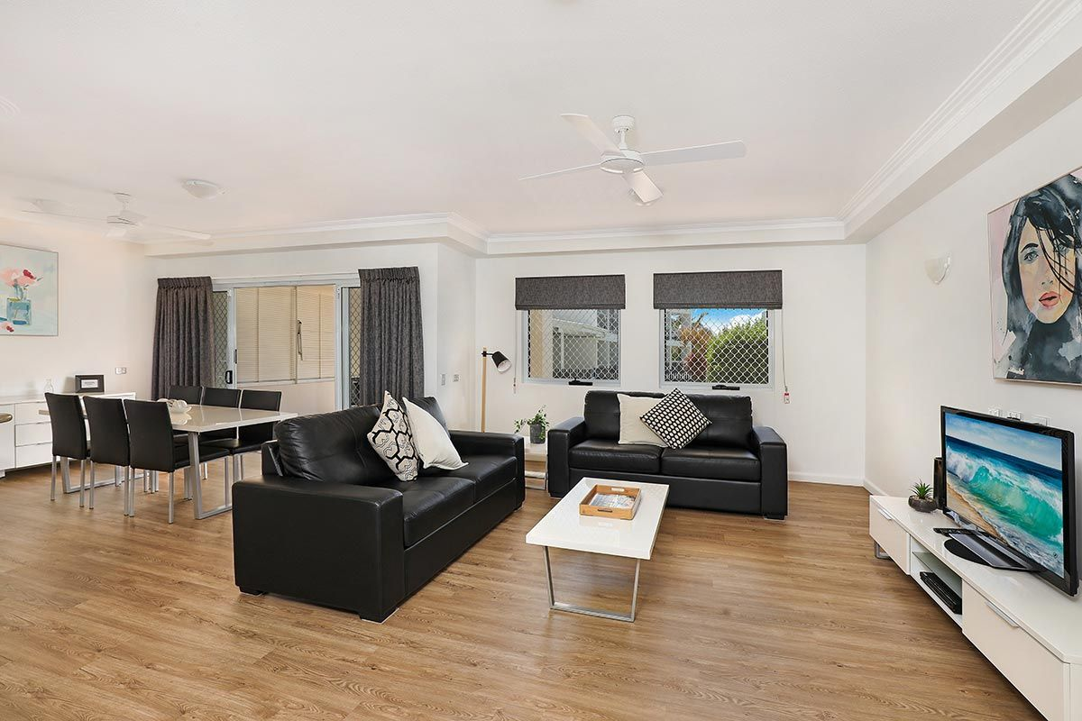 1200-1bed-luxury-coolum-accommodation2