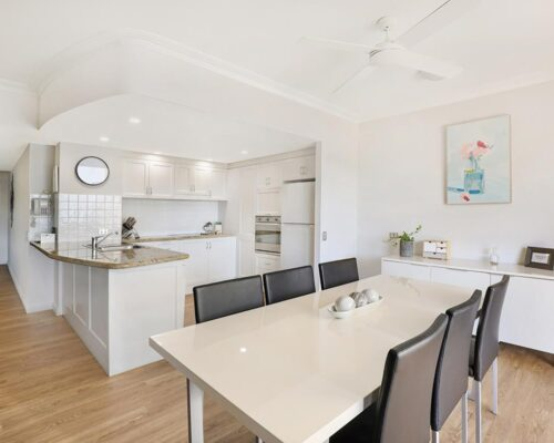 1200-1bed-luxury-coolum-accommodation4