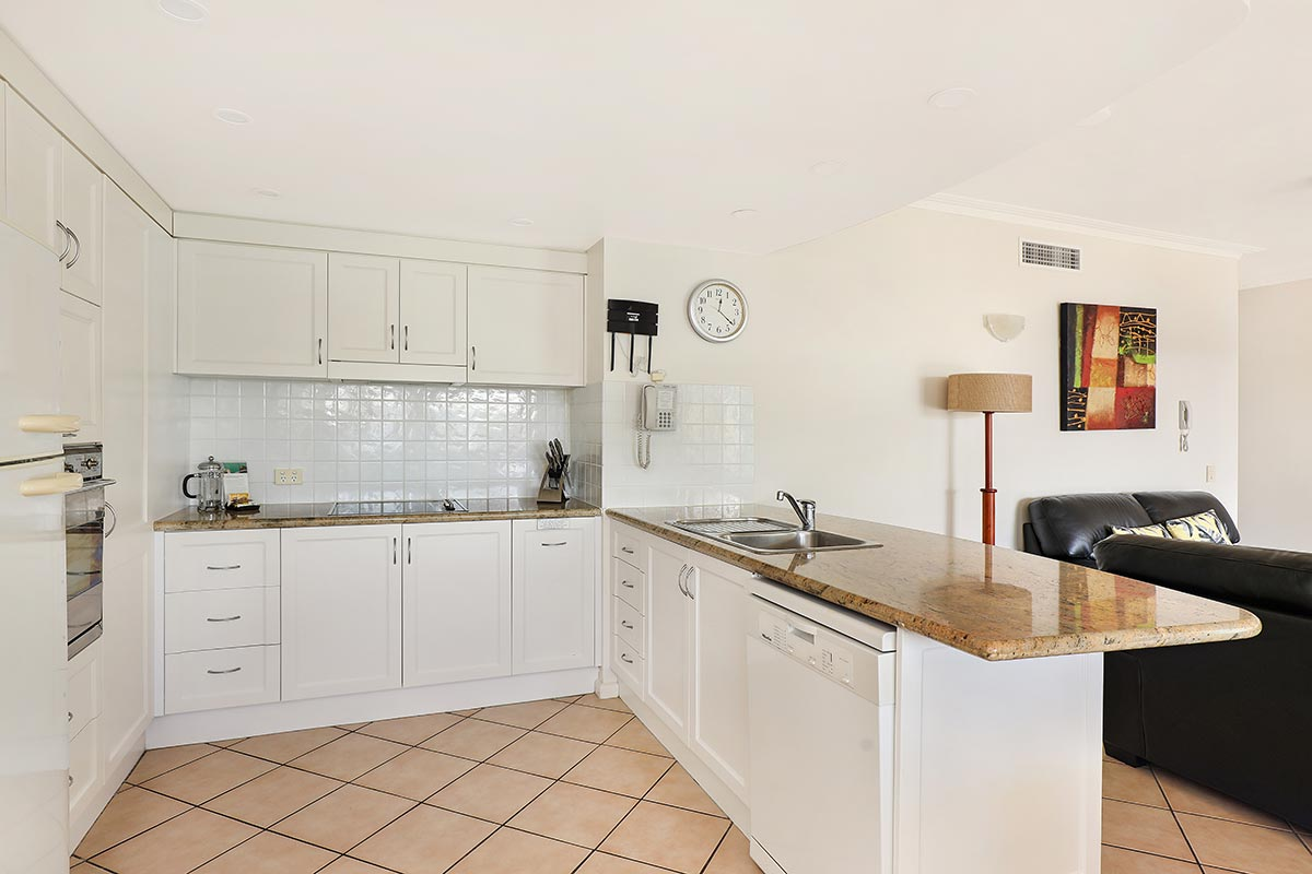 1200-2bed-ground-coolum-accommoation3