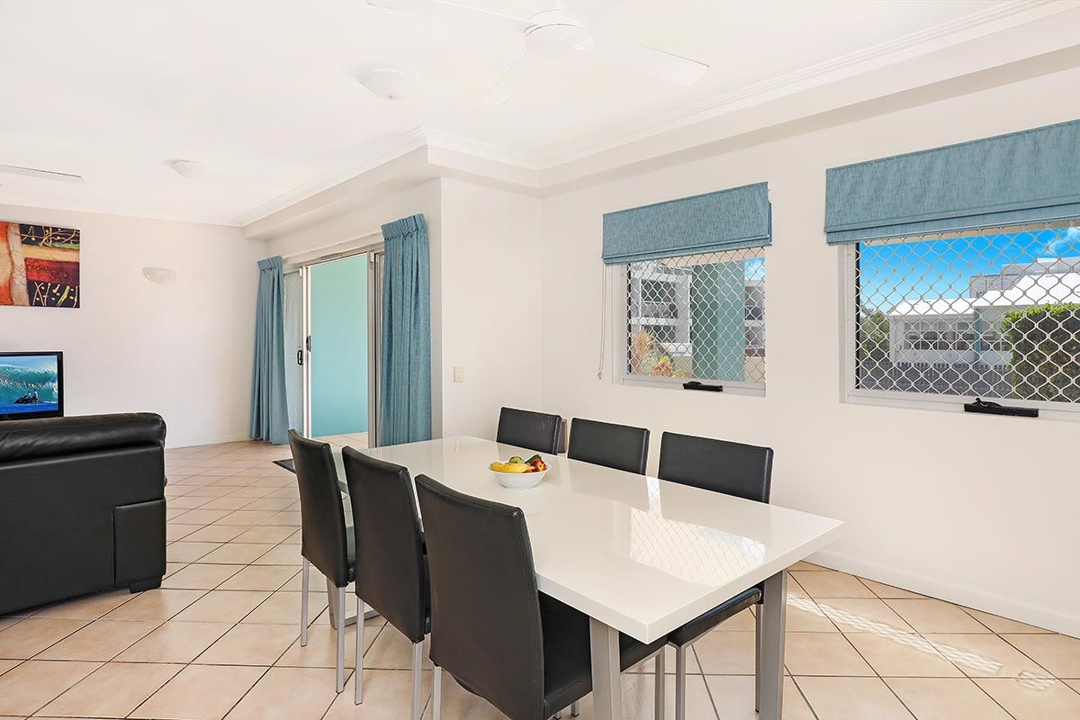 1200-2bed-ground-coolum-accommoation4