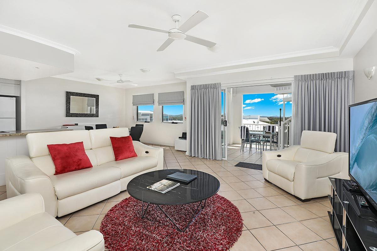 1200-2bed-luxury-coolum-accommodation12