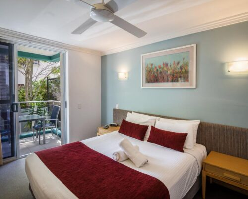 1200-3bed-luxury-coolum-accommodation1