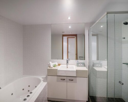 1200-3bed-luxury-coolum-accommodation3