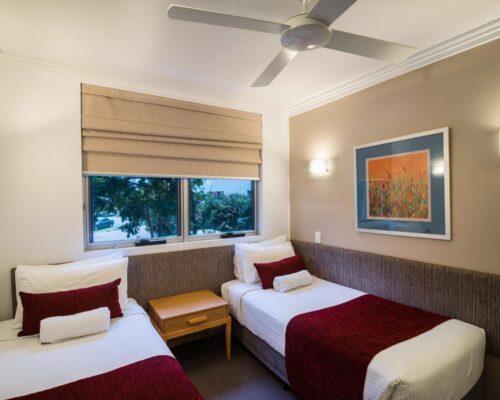 1200-3bed-luxury-coolum-accommodation4