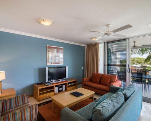 1200-3bed-luxury-coolum-accommodation5