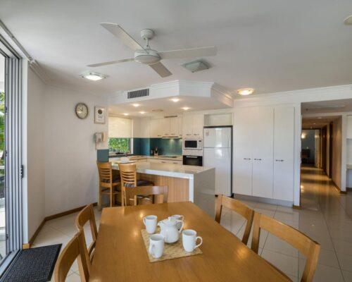 1200-3bed-luxury-coolum-accommodation6