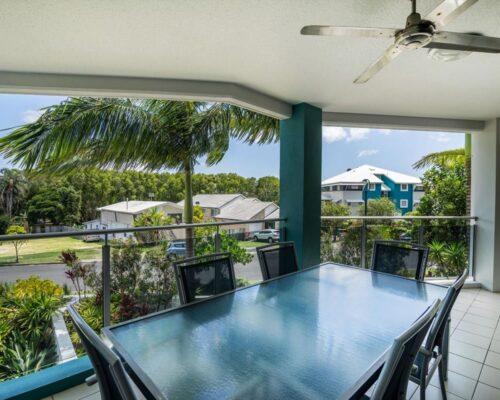 1200-3bed-luxury-coolum-accommodation7