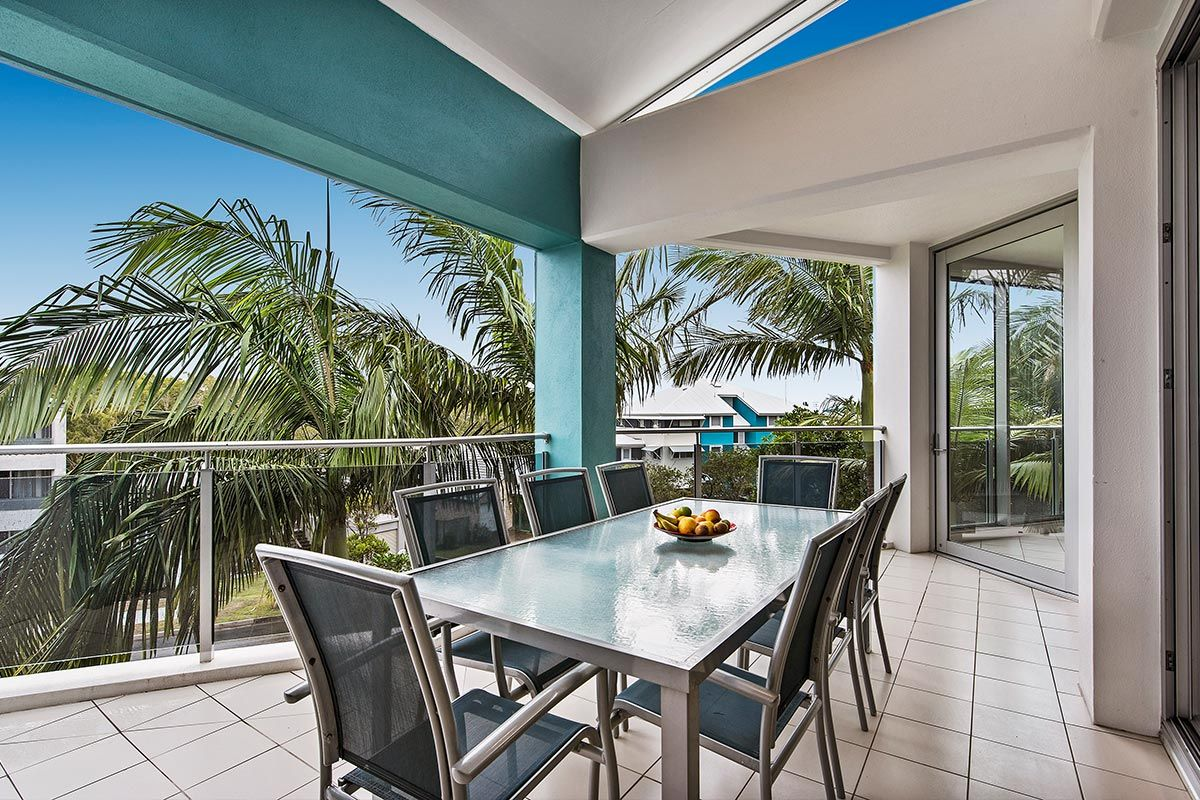 1200-5bed-luxury-coolum-accommodation13