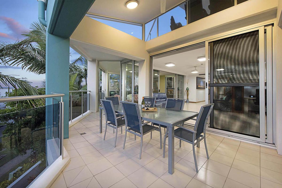 1200-5bed-luxury-coolum-accommodation9
