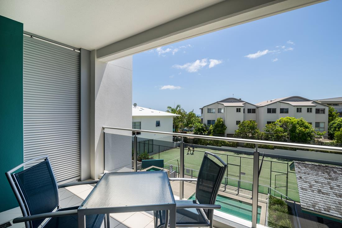 1200-Coolum-Studio-Room-Accommodation-2