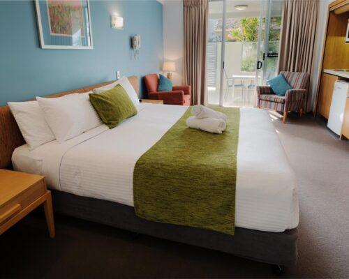 1200-Coolum-Studio-Room-Accommodation-4