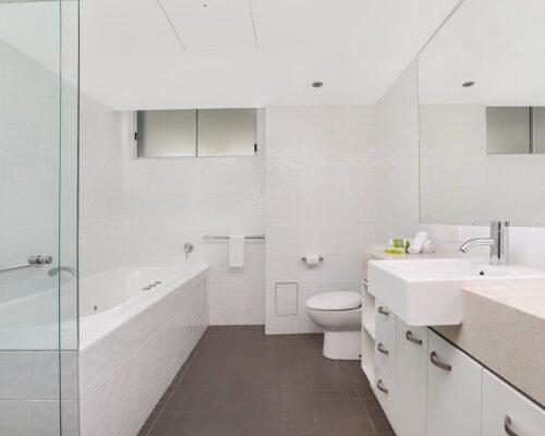 1200-Coolum-Studio-Room-Accommodation-6