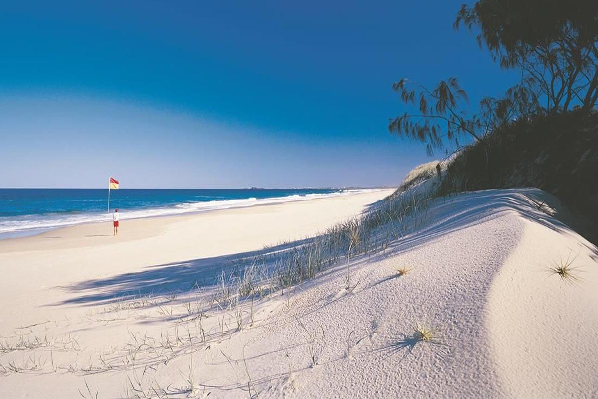 location-coolum-beach-accommodation-1200-10